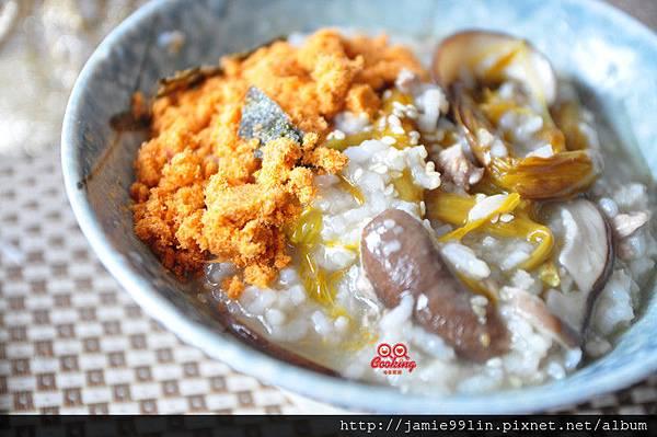 金針香菇肉末粥