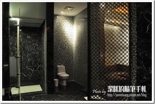 杜拜時尚戀館之淋浴間及蒸氣室