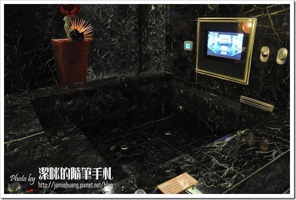 杜拜時尚戀館之浴池