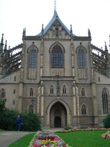 庫特那后拉 聖芭芭拉大教堂