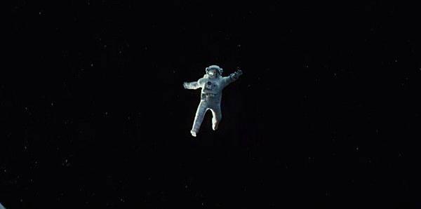 gravity-movie-686-1374709085