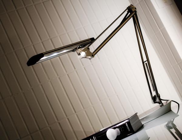 Slimline-Desk-003.jpg