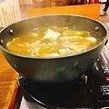 三杯梅子雞鍋-湯-北斗老屋.jpg