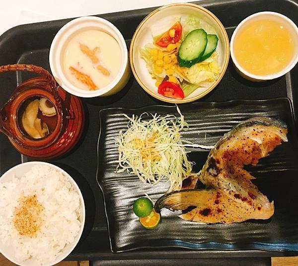 樽澤-椒香烤鮭魚下巴(限量).jpg
