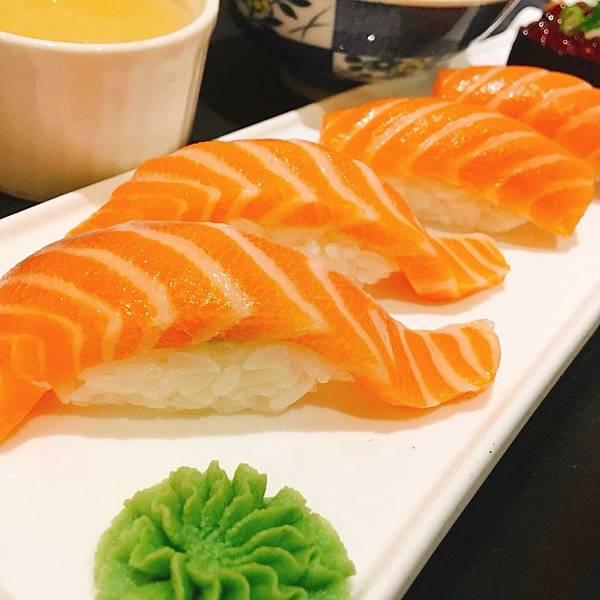 樽澤-鮭魚肚.jpg