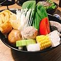 牛肉鍋菜盤-沐軒鍋物.jpg