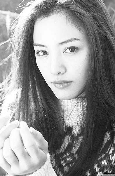 nakama_yukie_07lb