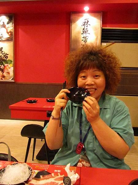 20110804吃難吃的火鍋09.JPG