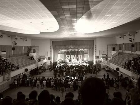 20120408 SUM41台北演唱會vs 剛買的GRD4代26