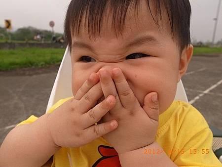 20120415假日帶阿愷去堤邊公園玩(縮)20