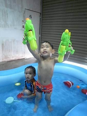 20140705阿愷泳池趴24.jpg