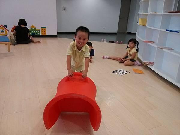 20150530愛買南雅店&新北圖書館15.jpg
