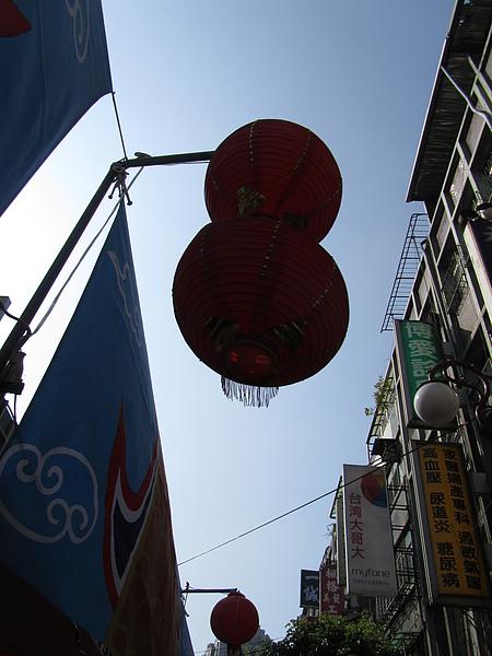 20110205跟老何老吳板橋趴趴走31.JPG