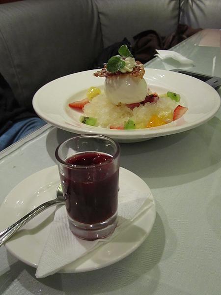20110204娘家聚餐-FE21加州洋食28.JPG