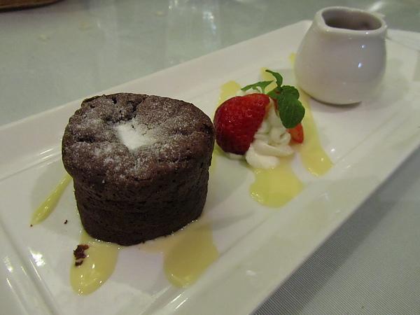 20110204娘家聚餐-FE21加州洋食24.JPG