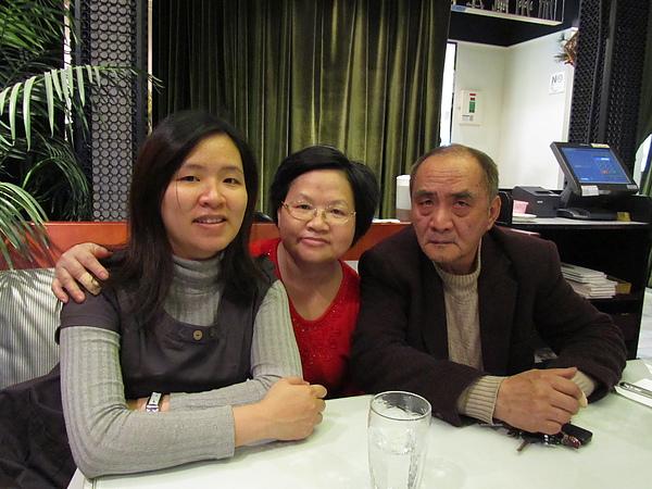 20110204娘家聚餐-FE21加州洋食03.JPG