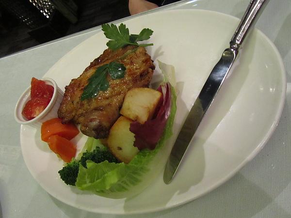 20110204娘家聚餐-FE21加州洋食21.JPG