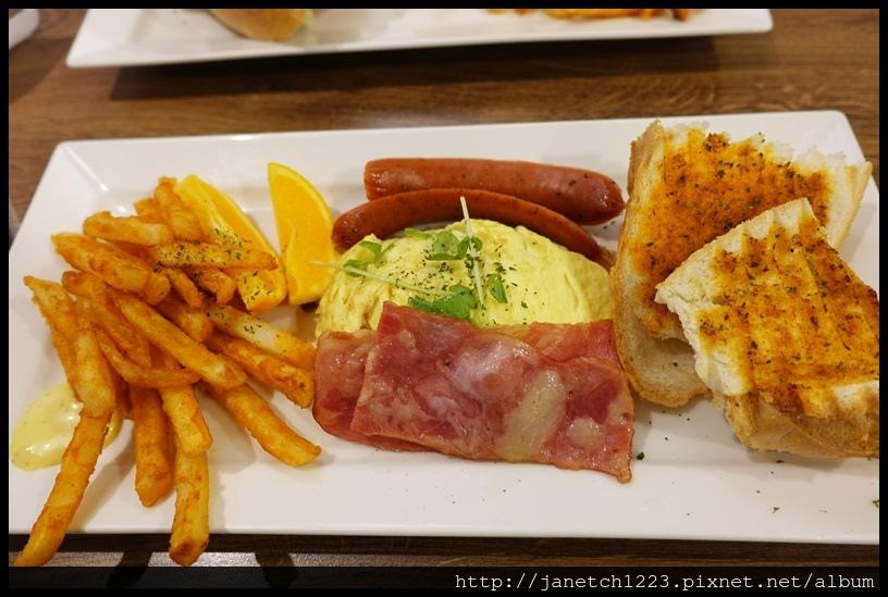 板橋豐滿早午餐