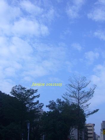 P1420543-天空