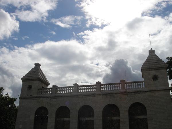 37聖心堂旁邊的建築.JPG