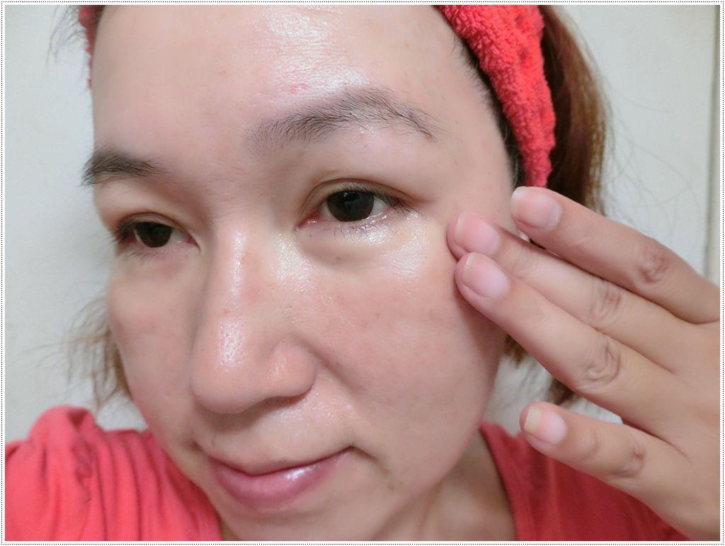 眼霜使用2.JPG