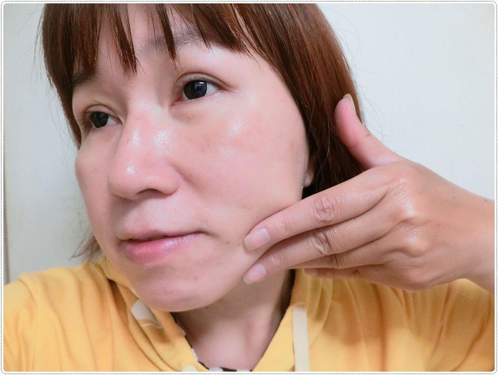 精華乳試用4.JPG