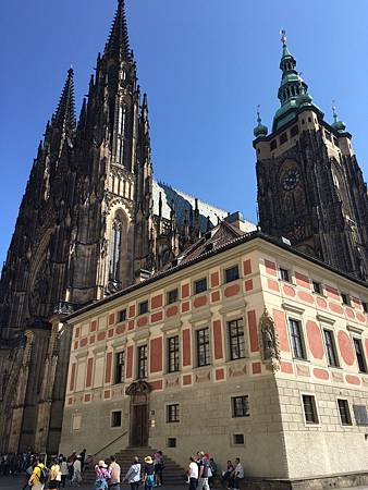 奧捷之旅Day4聖維特大教堂+布拉格廣場_398.jpg