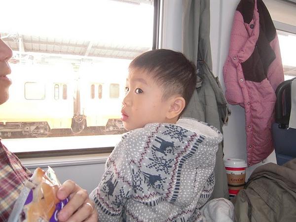 火車3.JPG