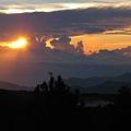 翠峰景觀道路14k處的日出