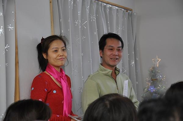菊田夫妻領唱.JPG