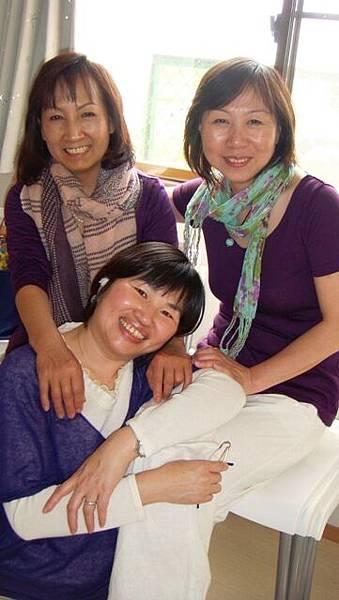 201105015 三人紫.jpg