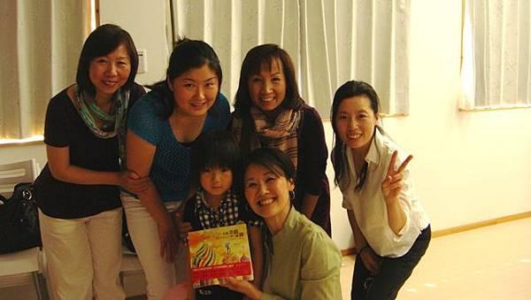 201105015 愛華、偉珊.jpg