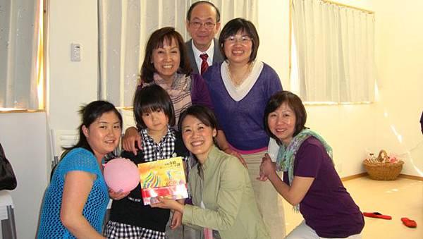 201105015 愛華と偉珊.jpg