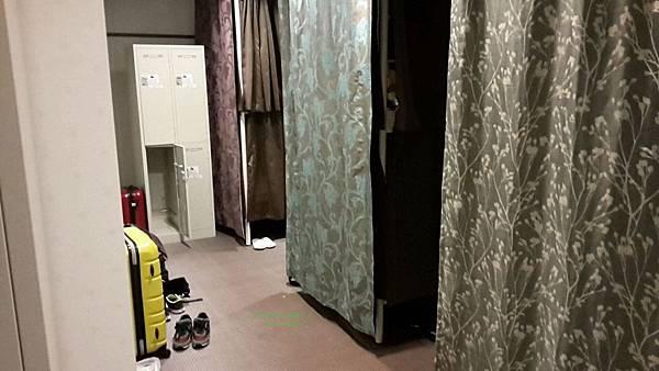 禪 飯店 - 青年旅館  - 內部 - 共同舖 - 12人房 1.jpg