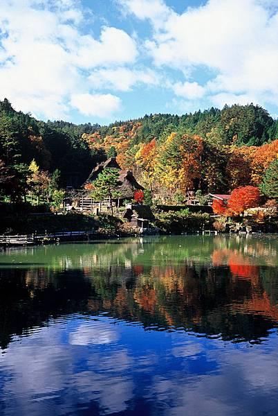 飛騨の里(秋)2.jpg