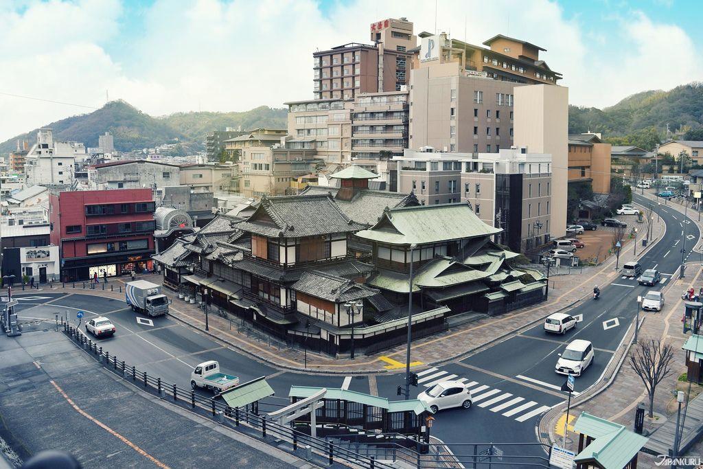 Nissan_CC11_OG.jpg