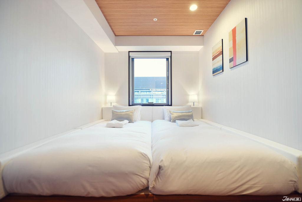 NexusDoor_Hotel_CC16_OG.jpg