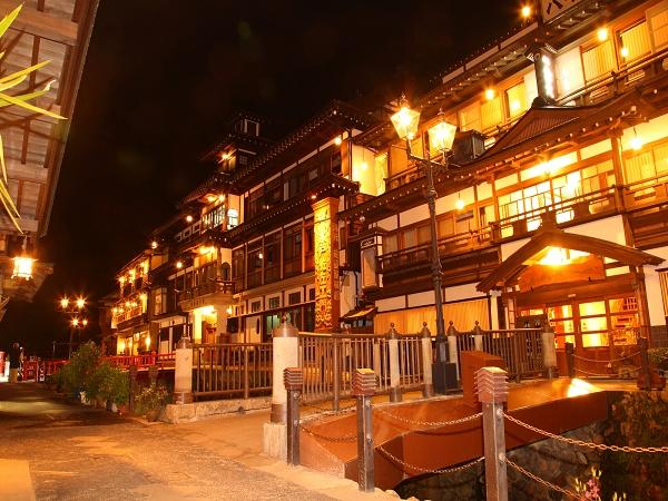 銀山溫泉 www.yakei-kabegami.com.jpg