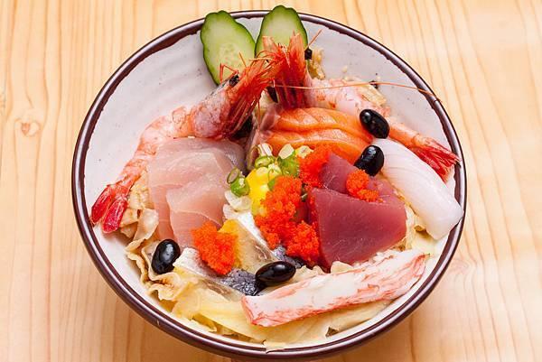 漁味屋平價五色海鮮拼盤