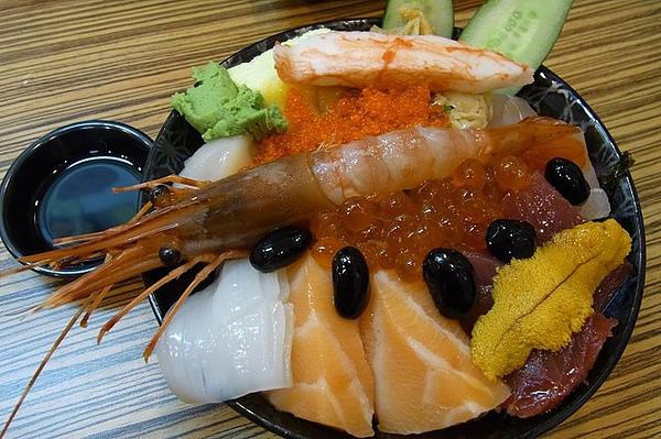 豪華海鮮蓋飯