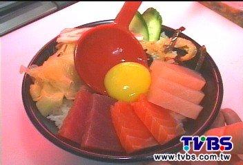 TVBS新聞內行美食 牡丹蝦、旗魚新鮮吃 海鮮蓋飯大份量