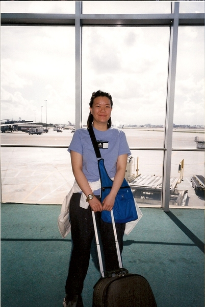 紐約飛往秘魯首都利瑪,中途在邁阿密轉機