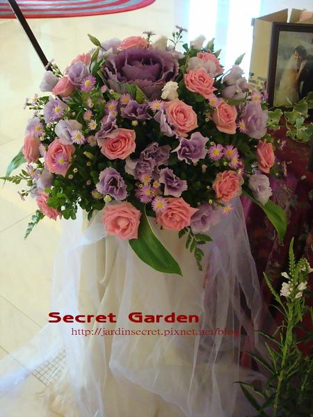 婚禮佈置~維多麗亞-花柱.jpg