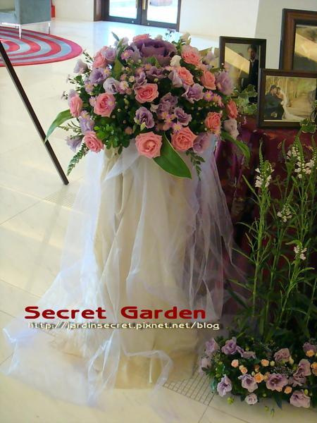 婚禮佈置~維多麗亞-花柱2.jpg