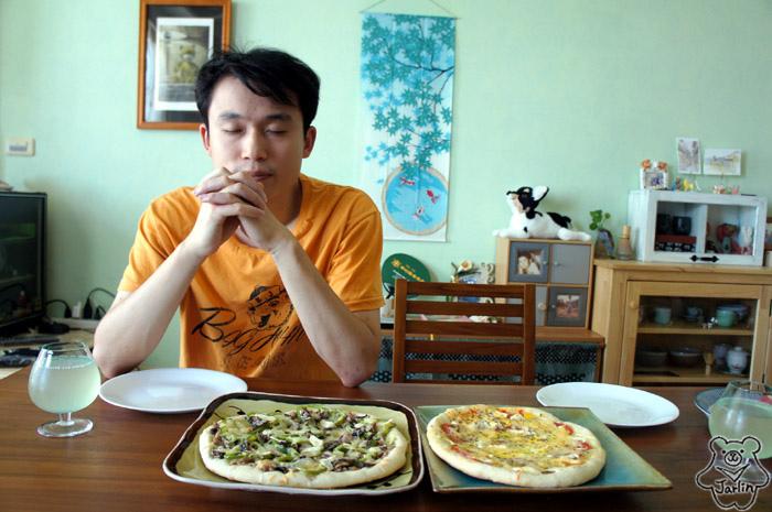 20130908_Robert生日Pizza (10).JPG