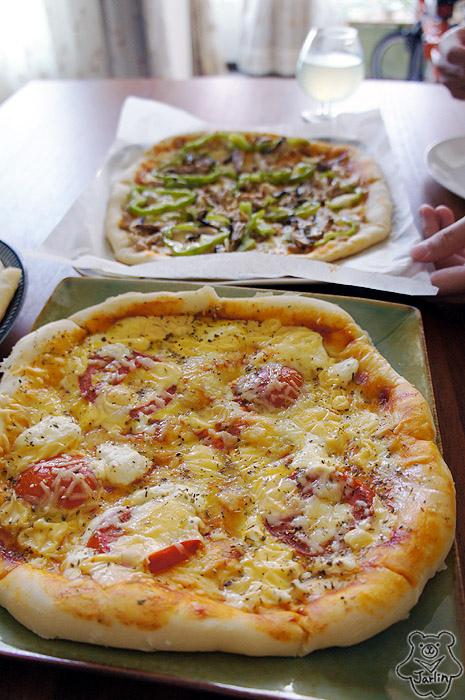 20130908_Robert生日Pizza (14).JPG