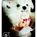 穿小花洋裝的馬爾濟斯kiki1_7