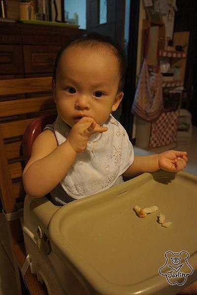20150831_第一次吃烤土司 (1).JPG