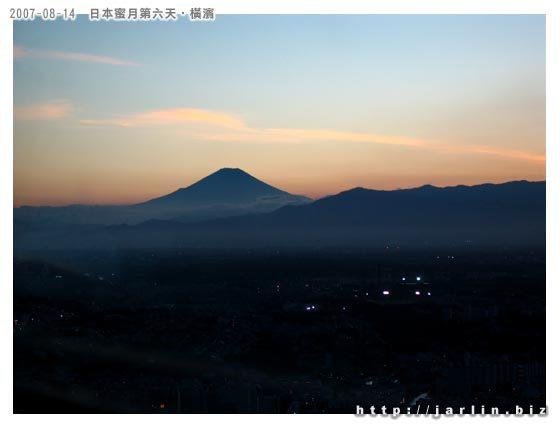 挖~~富士山!