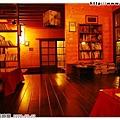 室內的餐廳空間